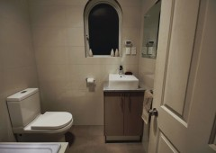 BathroomRenovationPlymptonPark01